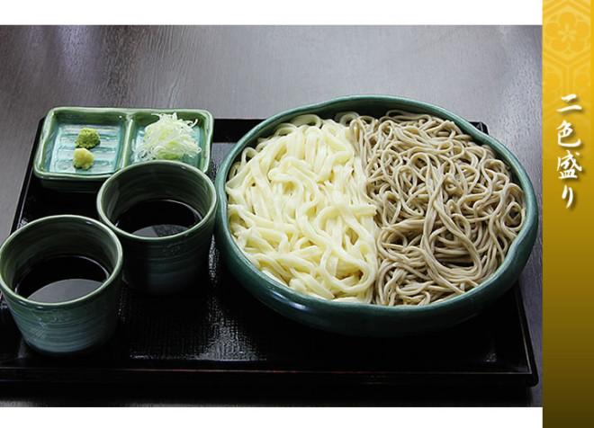 埼玉県加須市の手打ちうどん岡安製麺所
